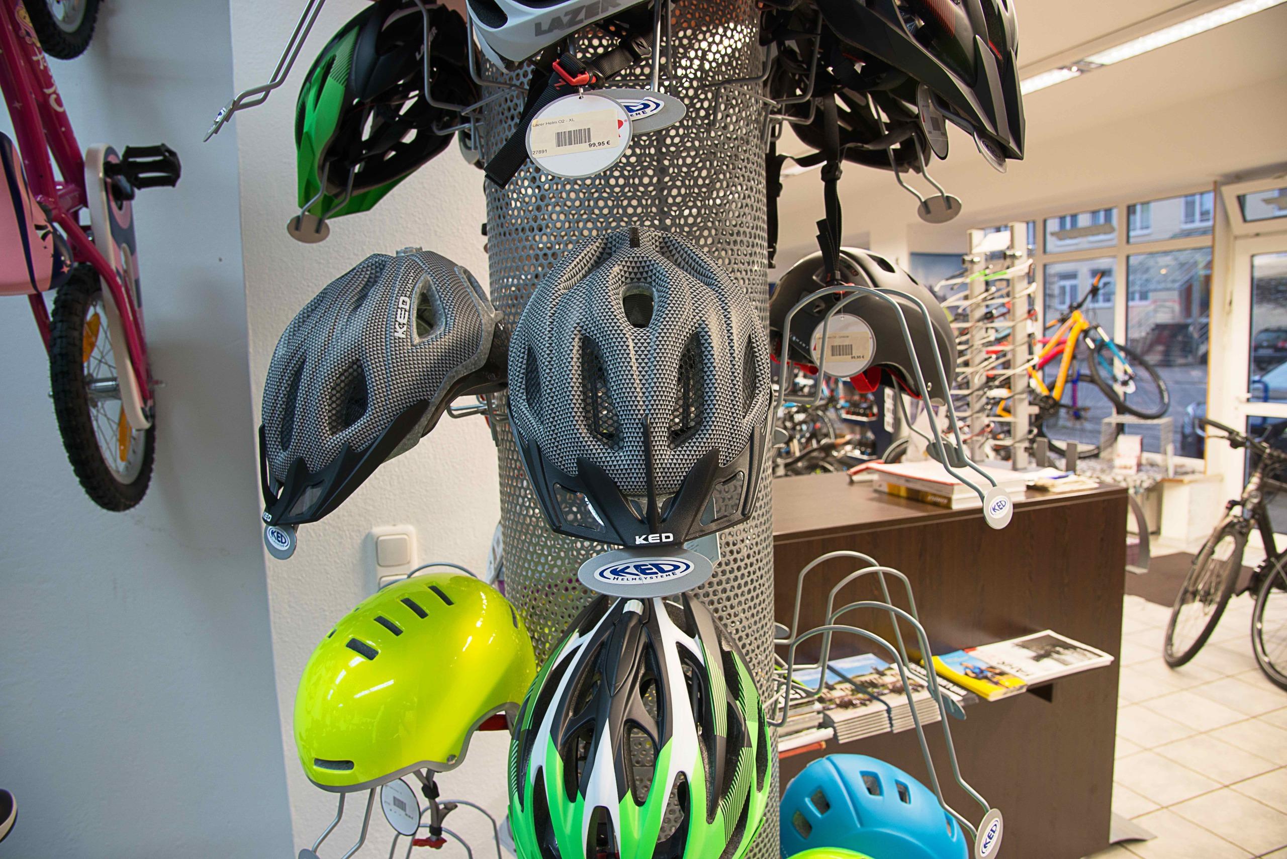 Bikestation Freising _ Helme KED