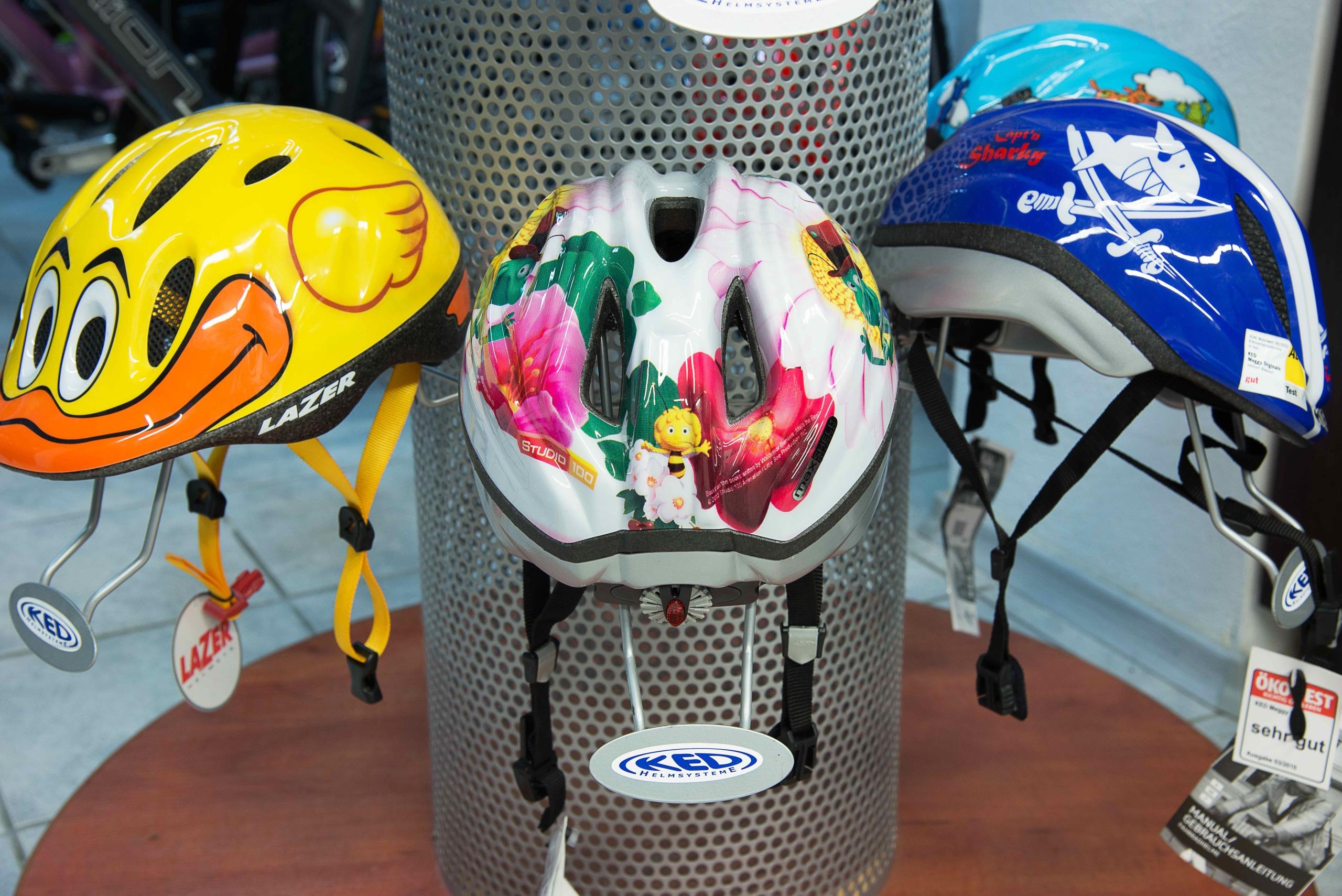 Bikestation Freising _ Helme Kinder