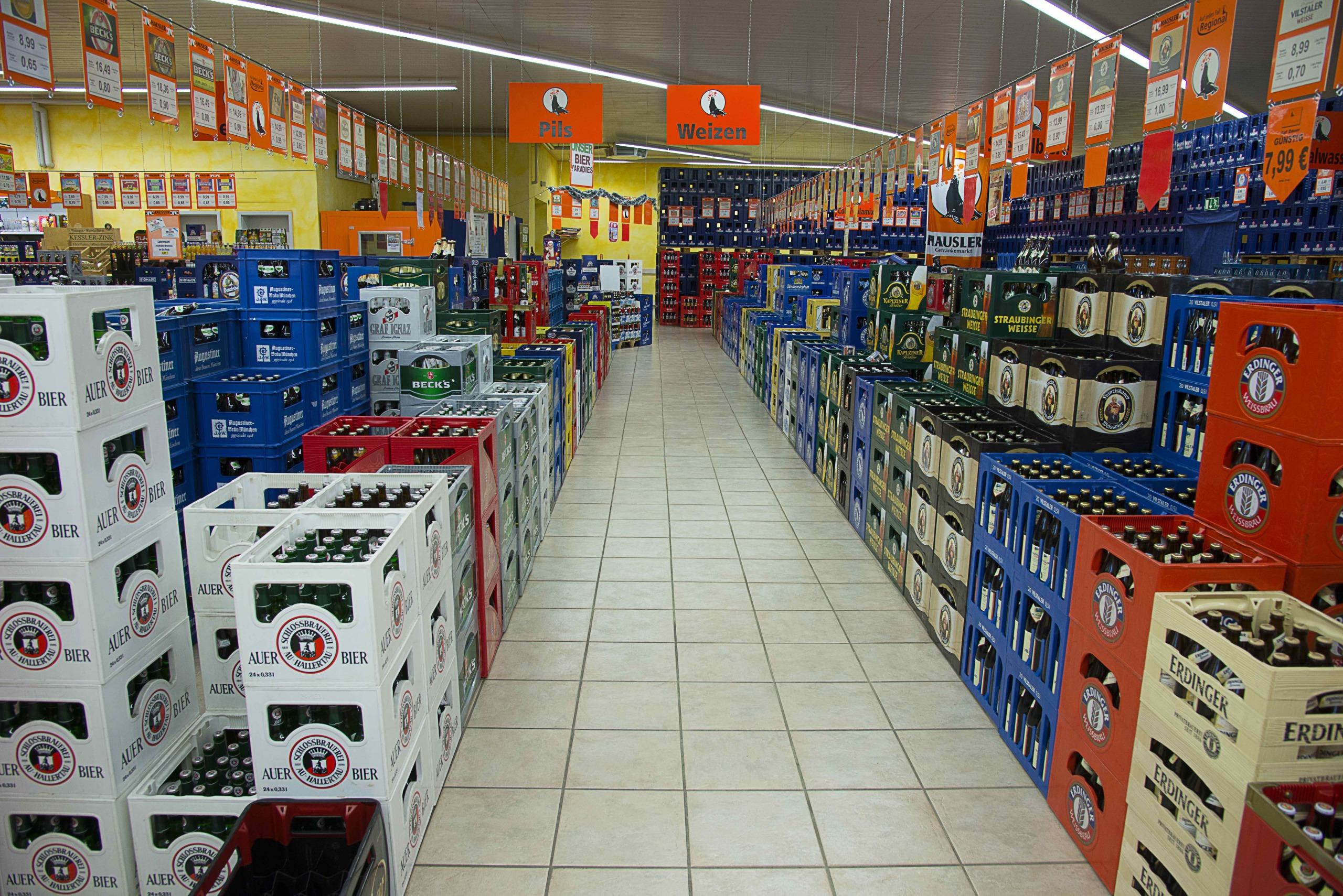 Hausler Getränkemarkt _ Pils und Weizen