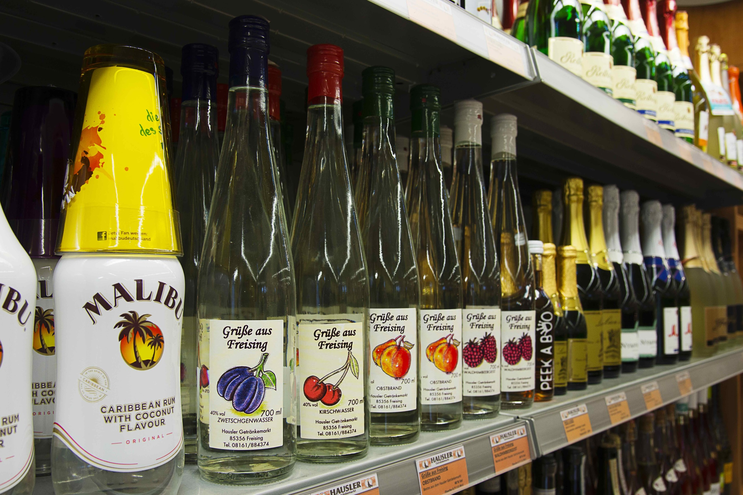Hausler Getränkemarkt _ Zwetschgenwasser